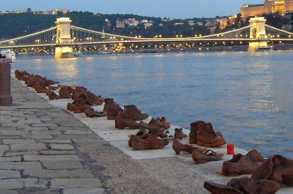 Shoes on the Danube Memorial, Budapest